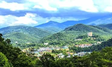 smoky mountain resort deals