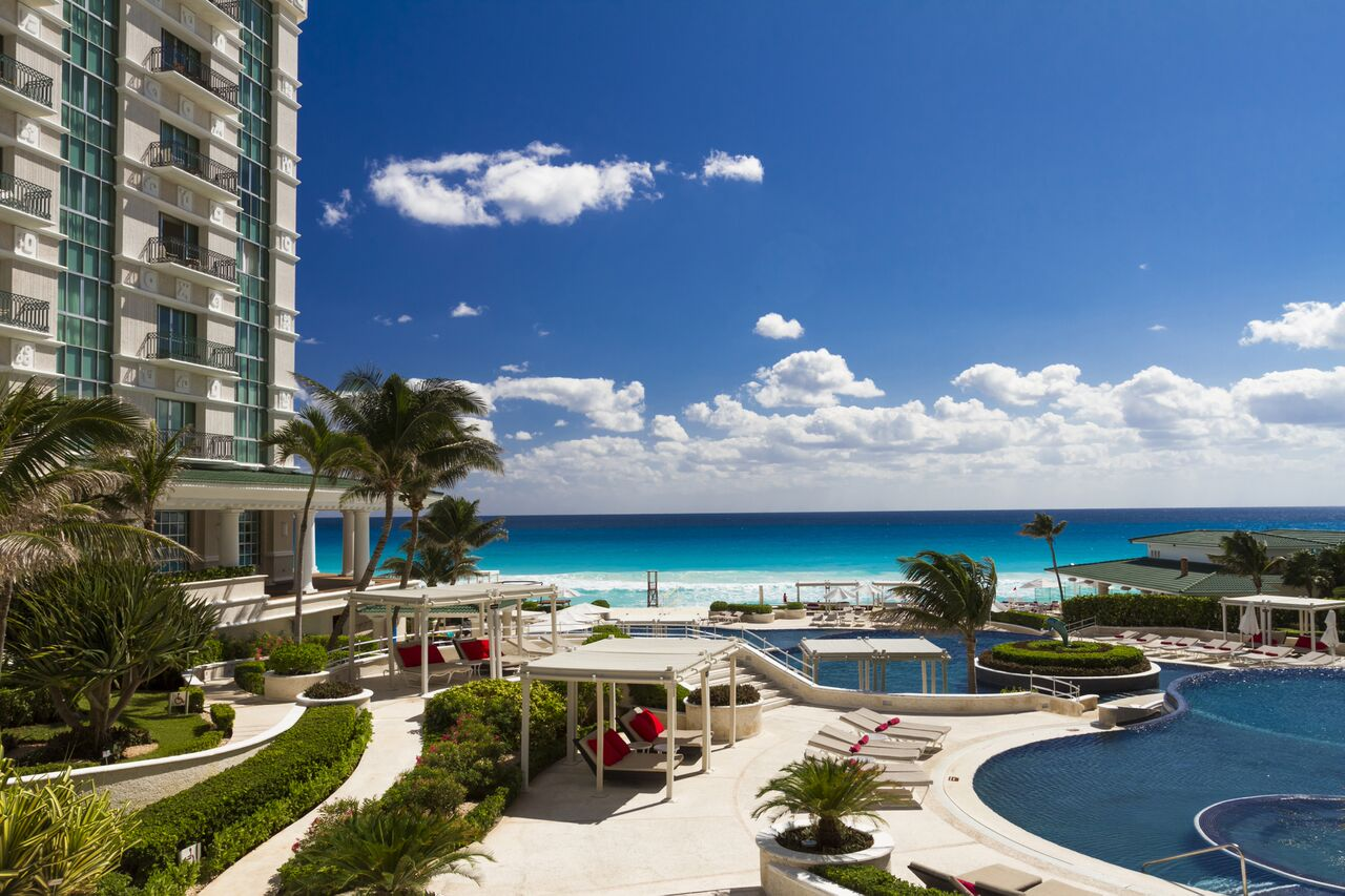Sandos Lifestyle Resort Cancun