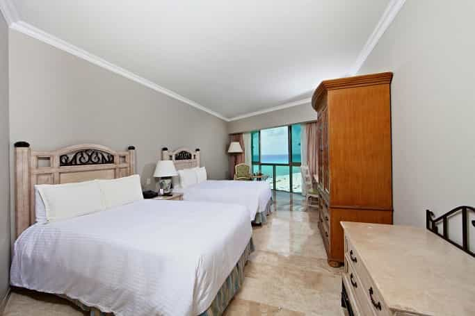 Sandos Cancun Timeshare Presentation Deal