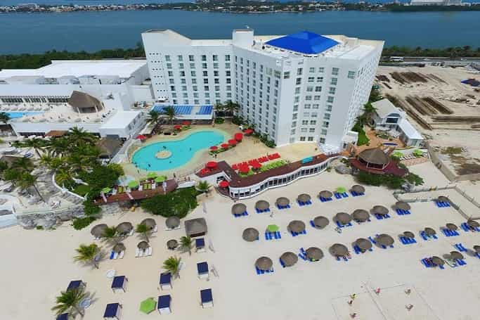 Royal Sunset Beach Resort Cancun