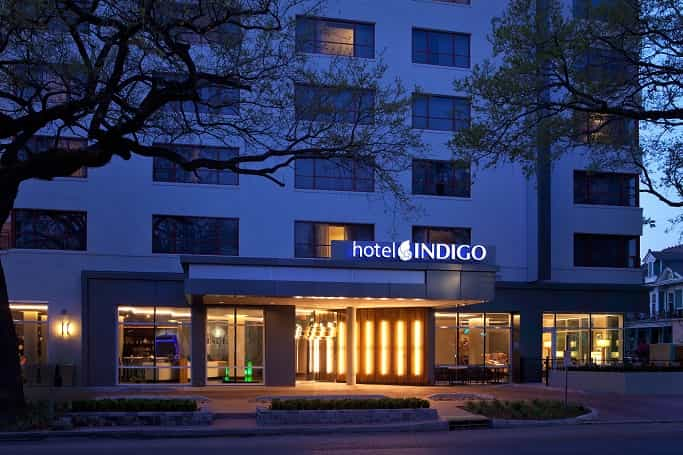 Indigo Hotel Louisiana Entrance