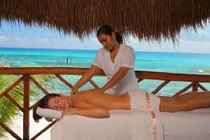 Get massage in Cancun